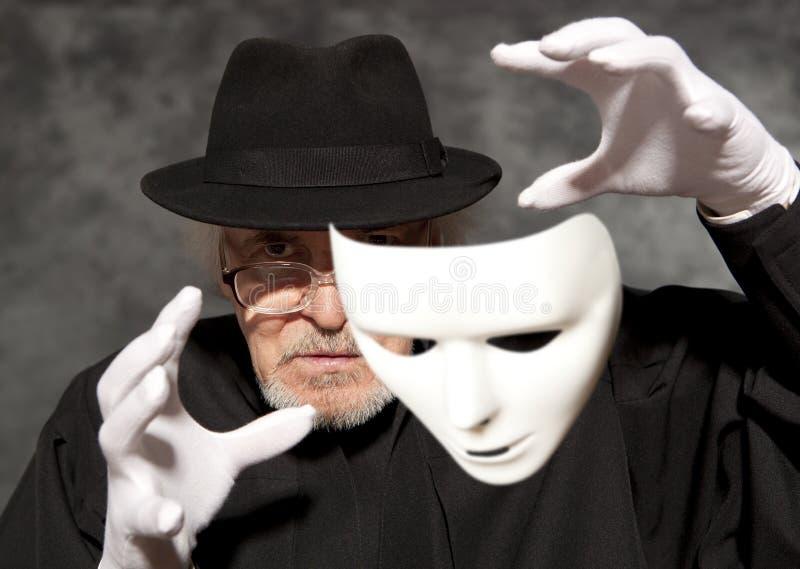 高顶丝质礼帽陈列把戏的魔术师 魔术,表现,马戏 库存图片