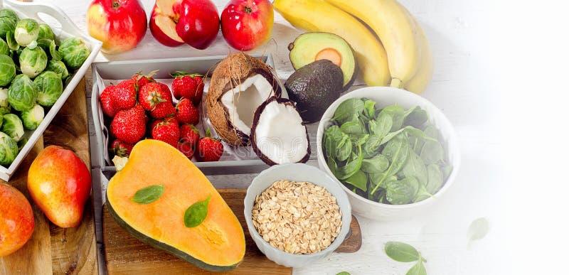 高食物在纤维 健康饮食的食物 免版税库存照片