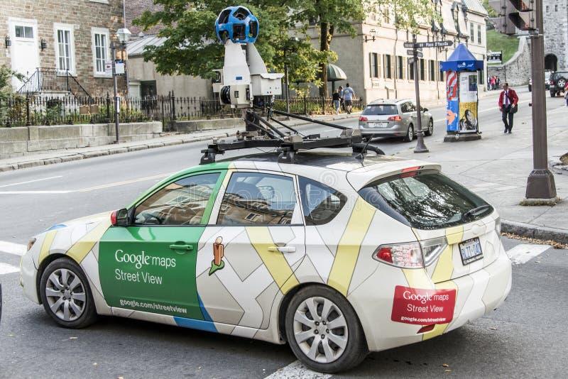 魁北克市加拿大11 09 在魁北克中的市中心的2017条谷歌街视图车汽车apping的街道 库存图片