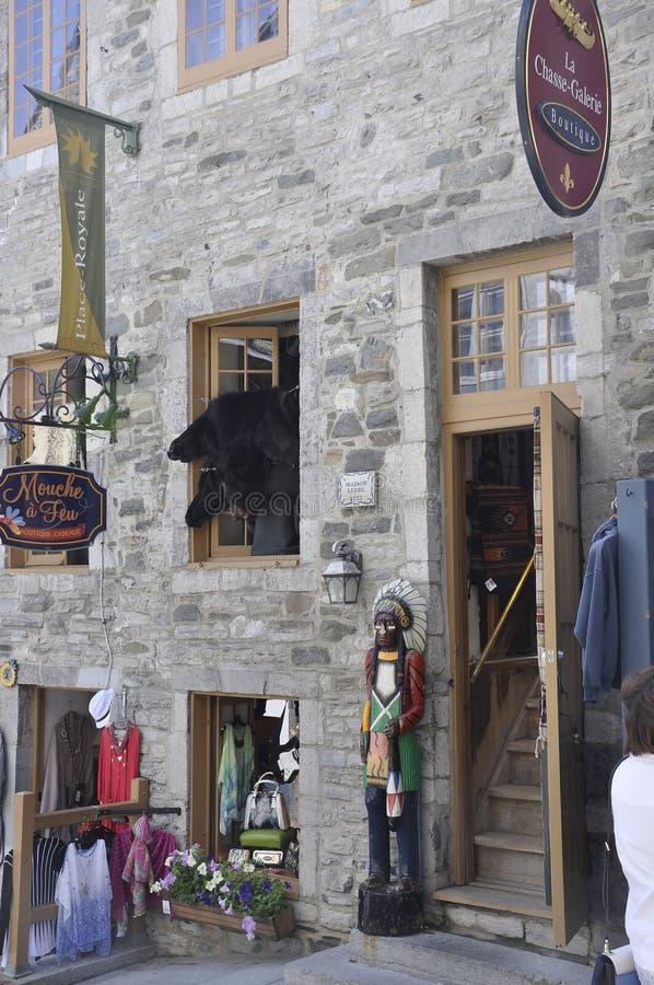 魁北克, 6月28日:从地方老魁北克市Royale的历史的议院门面细节在加拿大 库存图片