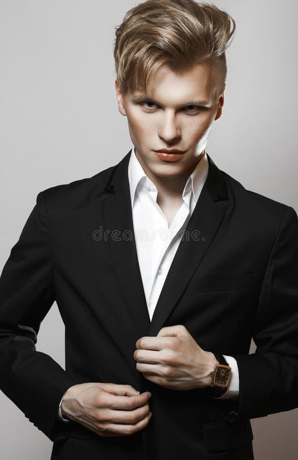年轻魅力英俊的人 库存照片