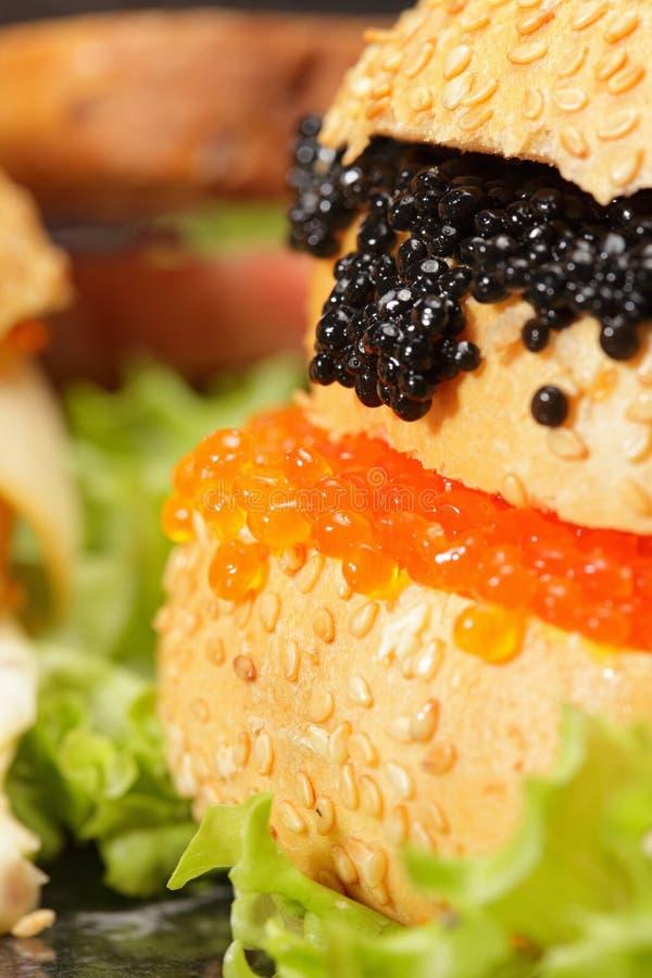 鱼子酱其他三明治 图库摄影