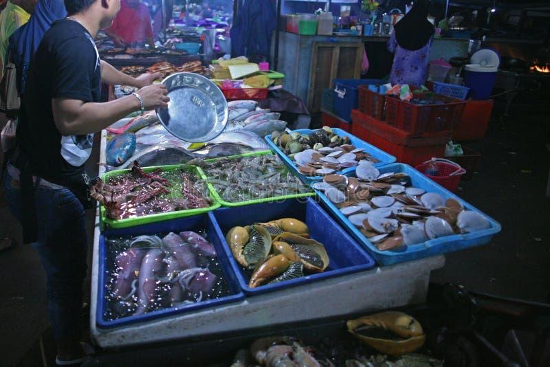 鱼市在亚庇 库存图片