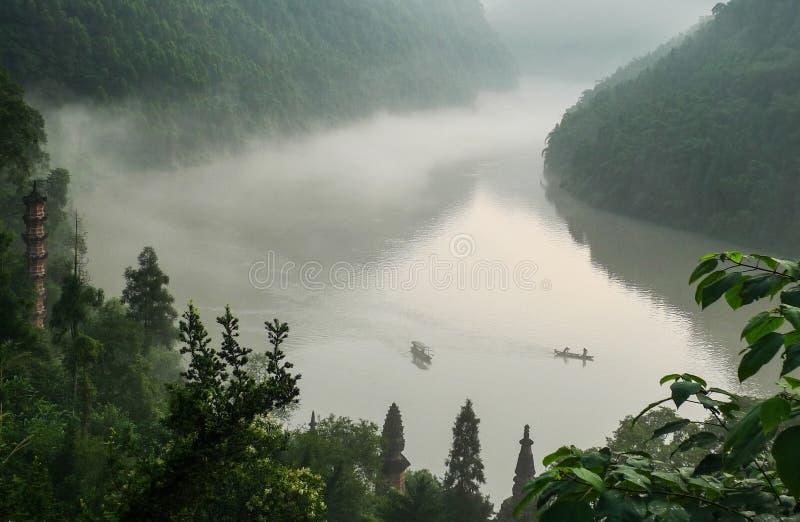 鱼浅滩凹线在四川,瓷 免版税库存图片