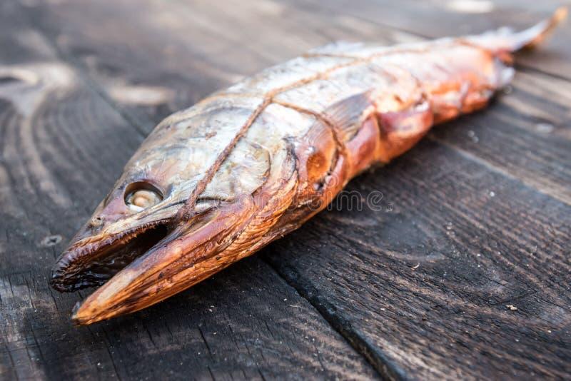 鱼热熏制 桃红色三文鱼 r 图库摄影