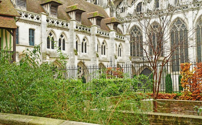 鲁昂,法国- 2016年11月26日:历史市中心 免版税库存图片