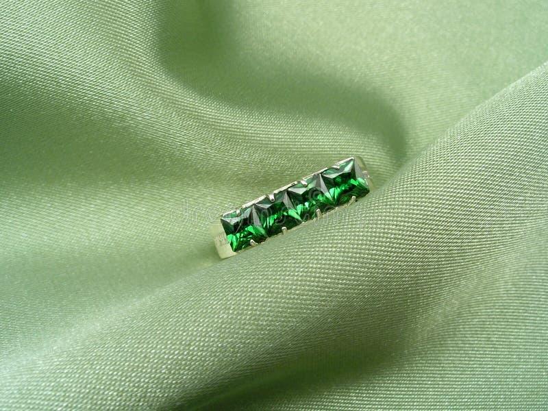鲜绿色珠宝 免版税图库摄影