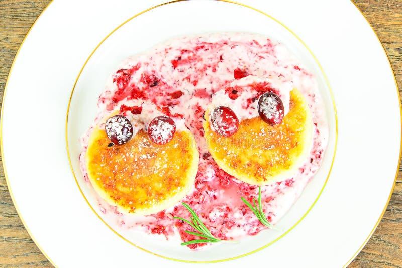 Download 鲜美和健康食物:可口乳酪蛋糕与 库存图片. 图片 包括有 部分, 巧克力, 水平, 酥皮点心, 干酪, 奶油 - 62529453