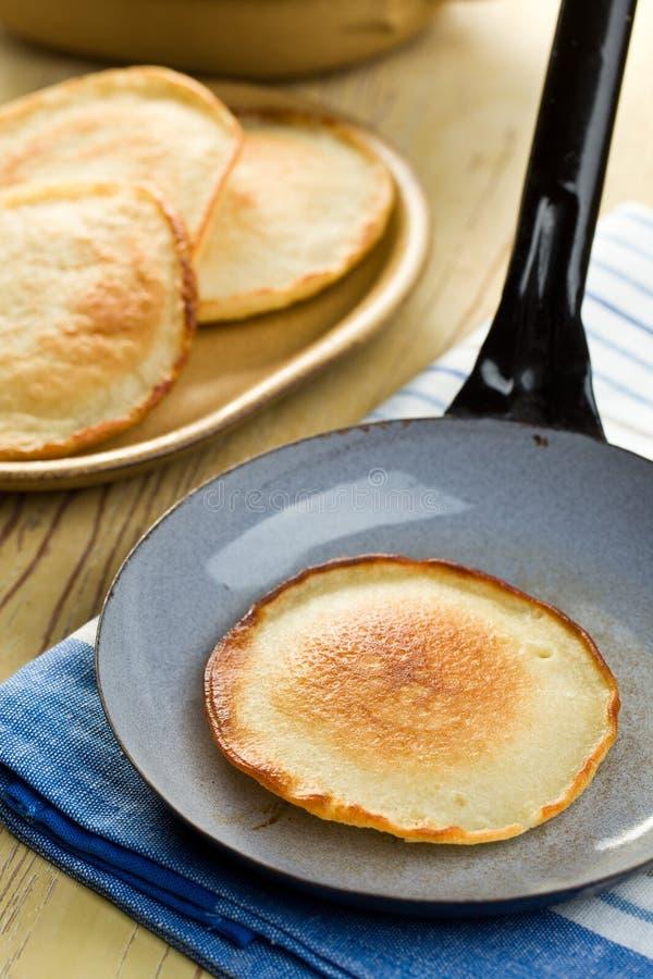 鲜美平底锅的薄煎饼 图库摄影