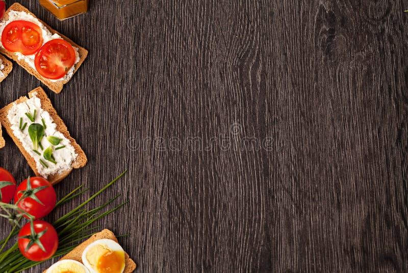 鲜美点心食物边界背景 免版税库存图片