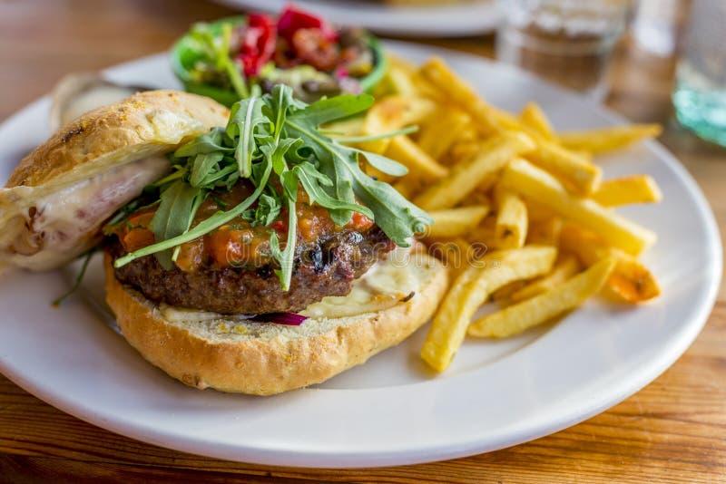 鲜美的汉堡包 免版税库存图片
