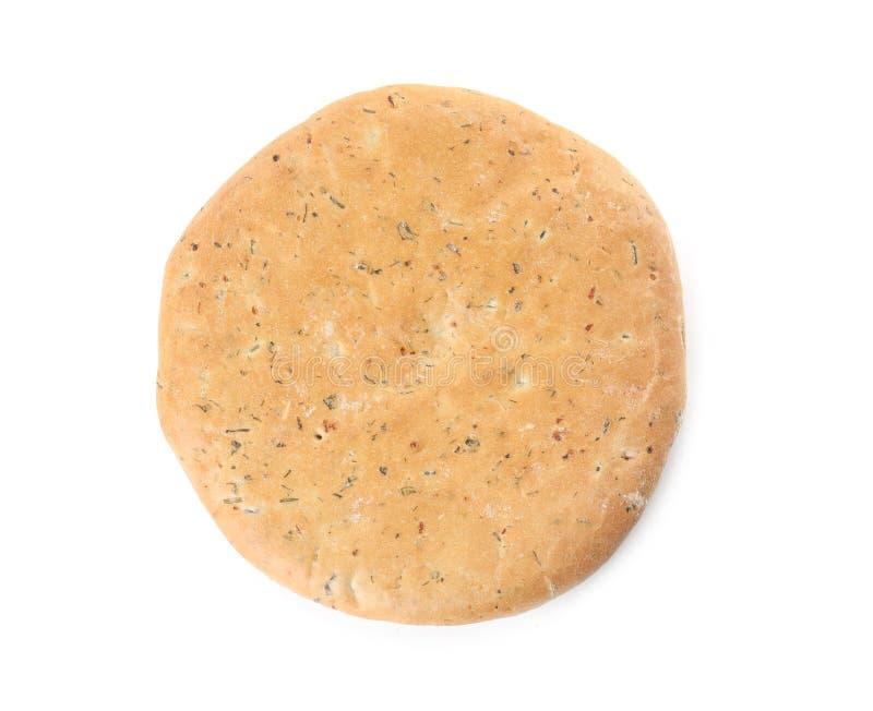 鲜美皮塔饼用在白色隔绝的草本 新鲜面包 免版税库存照片