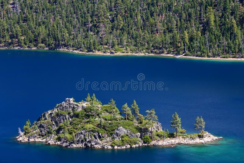 鲜绿色海湾的,太浩湖,加利福尼亚,美国Fannette海岛 库存照片