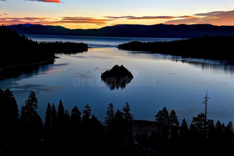 鲜绿色海湾,太浩湖,加利福尼亚,美国 图库摄影