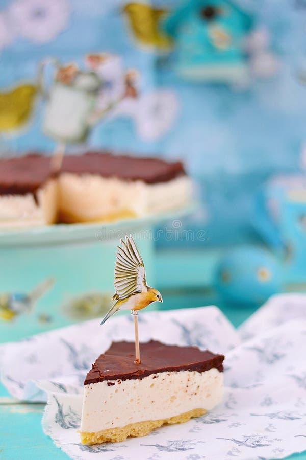 鸟牛奶蛋糕 库存照片