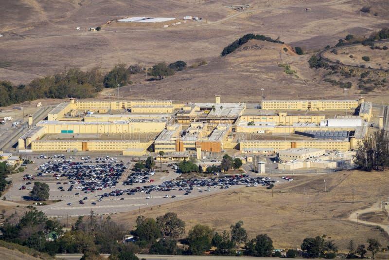 鸟瞰图加利福尼亚人\'s殖民地,一所男性国家监狱位于在圣路易斯-奥比斯保西北部,圣路易斯Obisp  图库摄影
