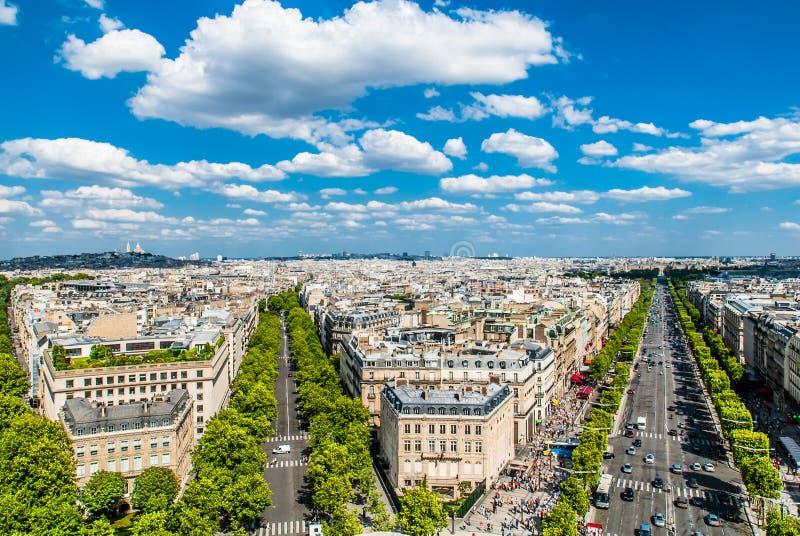 鸟瞰图尚萨斯-爱丽舍宫巴黎都市风景法国 免版税库存图片