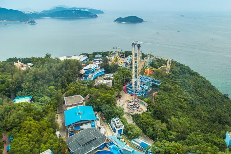 鸟瞰图海洋公园是两个大主题乐园之一在香港,中国 2018年7月 库存照片