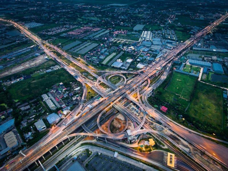 从鸟瞰图的高速公路连接点 图库摄影