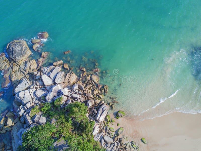 鸟瞰图:皮带平底锅亚伊海滩,酸值Phangan 免版税库存照片