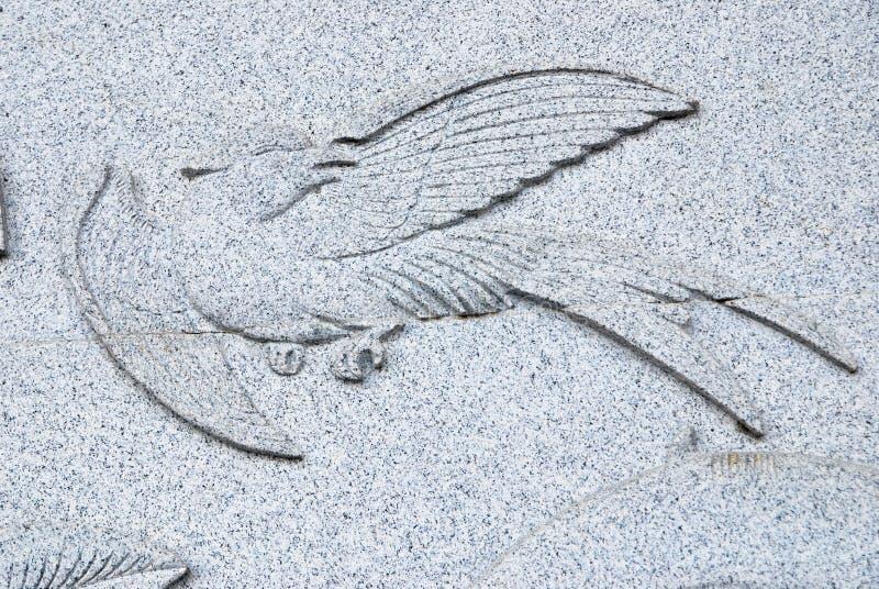 鸟石头雕刻 库存图片