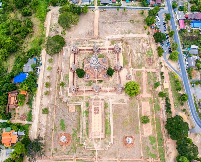 鸟` Wat Chaiwatthanaram s眼睛视图  免版税图库摄影