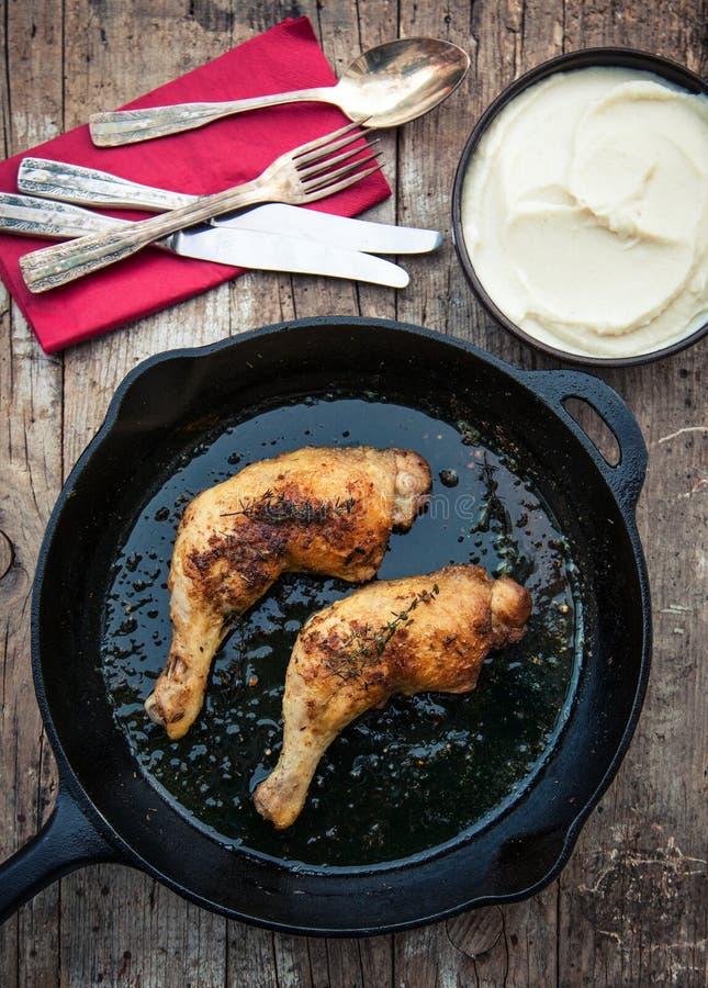鸡和花椰菜纯汁浓汤 免版税库存图片