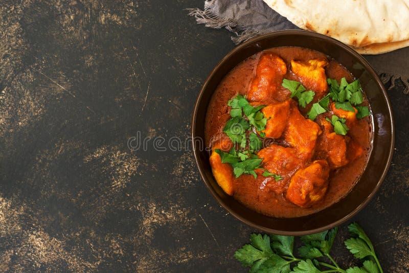 鸡在碗的蒂卡masala 亚洲食物 顶视图,拷贝空间 库存图片
