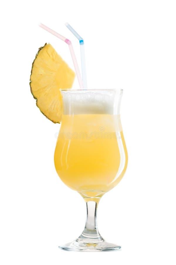 鸡尾酒在白色隔绝的pina colada 免版税库存图片