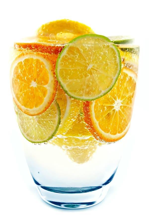 鸡尾酒柠檬石灰桔子蜜桔 免版税库存照片
