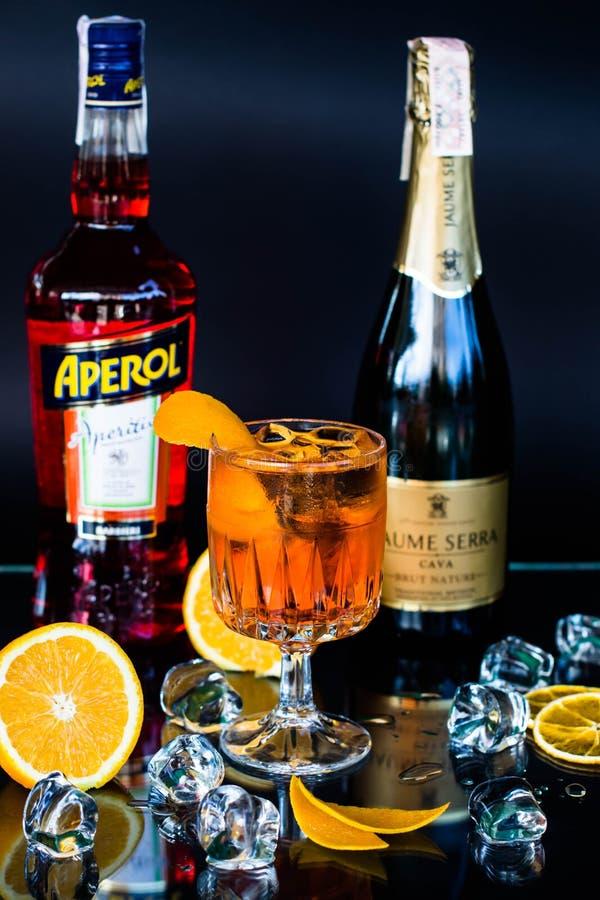 鸡尾酒Aperole喷 图库摄影