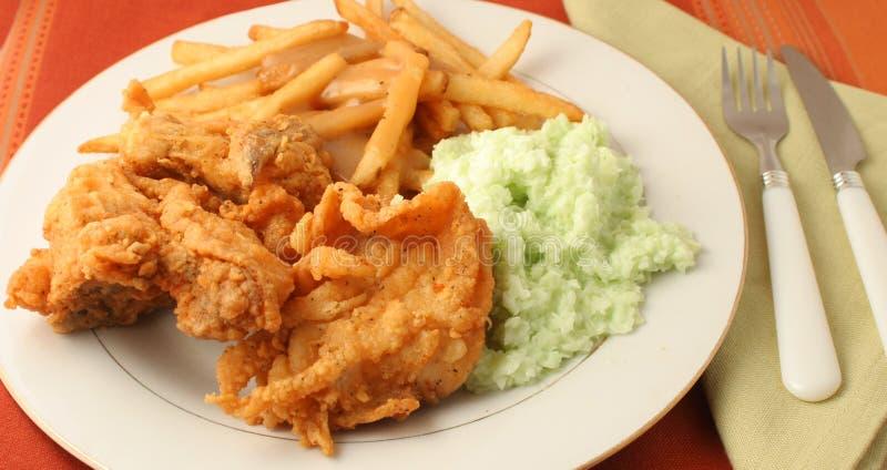 鸡正餐油煎了 免版税图库摄影