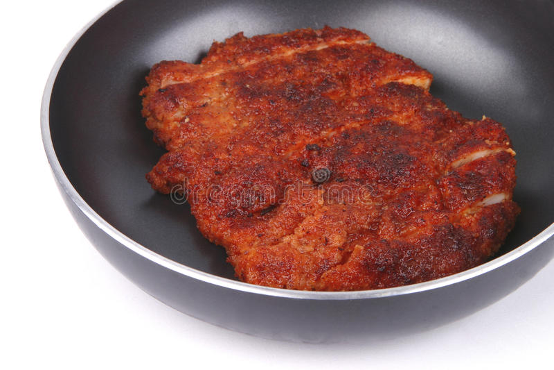 鸡油炸物肉平底锅 免版税库存图片