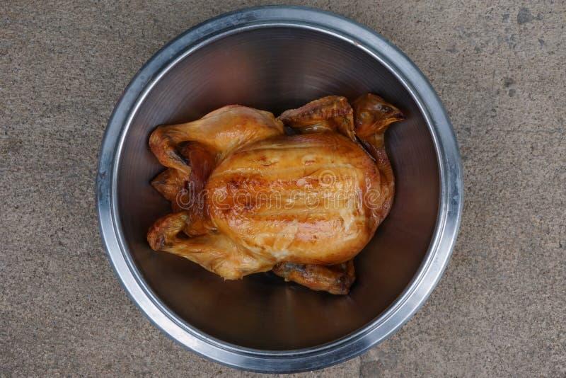 鸡烤全部 库存照片