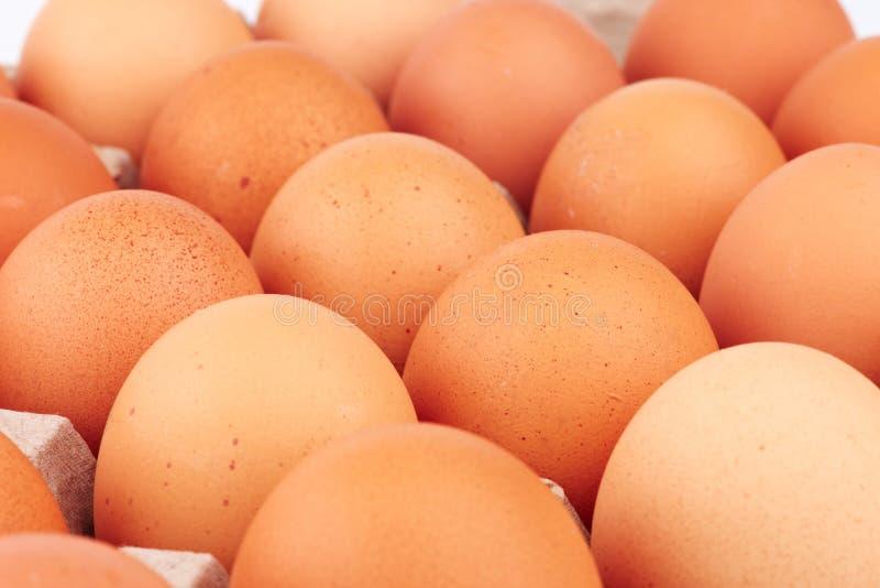 Download 鸡蛋 库存照片. 图片 包括有 黄色, 装箱, 对象, browne, 纸盒, 食物, 容器, 电池, 纸板 - 22358132