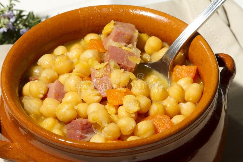 鸡豆炖煮的食物 免版税图库摄影