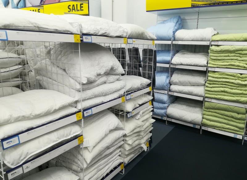 鸭绒垫子和枕头 图库摄影