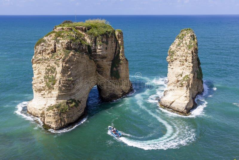鸽子岩石在Raouche,贝鲁特,黎巴嫩 免版税库存照片