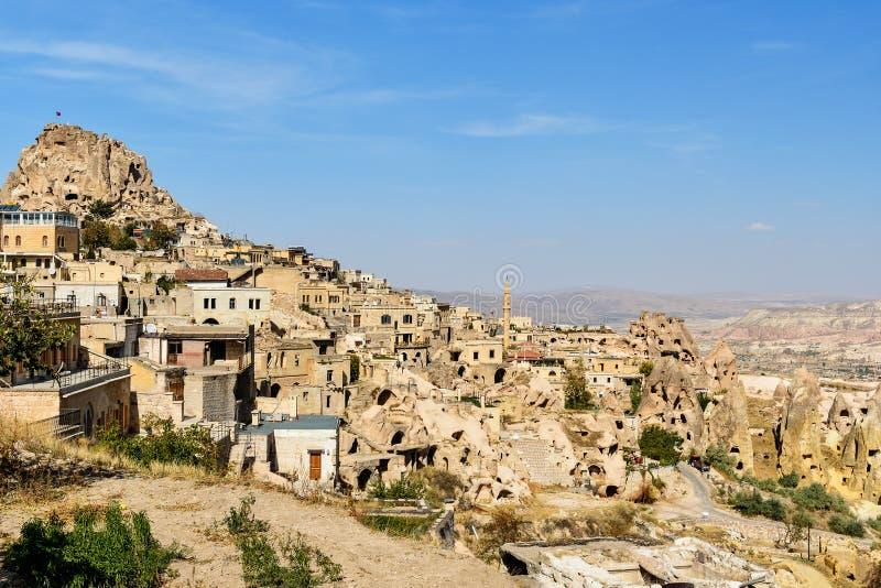 鸽子谷和Uchisar城堡在卡帕多细亚 火鸡 免版税库存照片