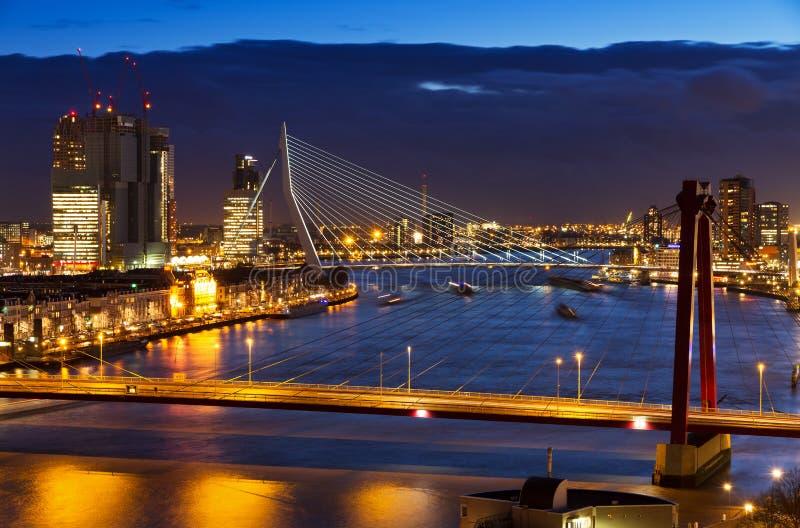鹿特丹微明桥梁 免版税库存照片
