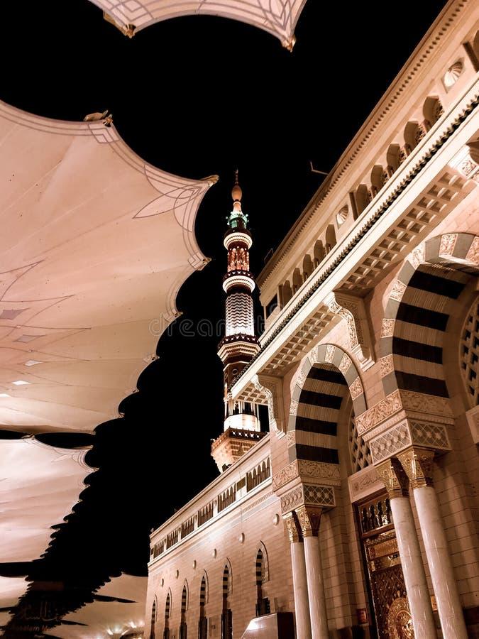 麦地那,Madinah 沙地阿拉伯航空阿拉伯半岛 先知穆罕默德清真寺 AlMasjid An-Nabavi 伟大的伊斯兰教的清真寺 在04拍的照片 28 2019? 免版税图库摄影
