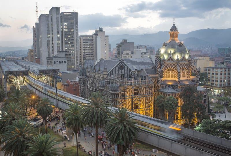 麦德林,哥伦比亚1月29日2016全景夜 免版税库存图片