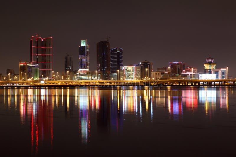 麦纳麦地平线在晚上 图库摄影