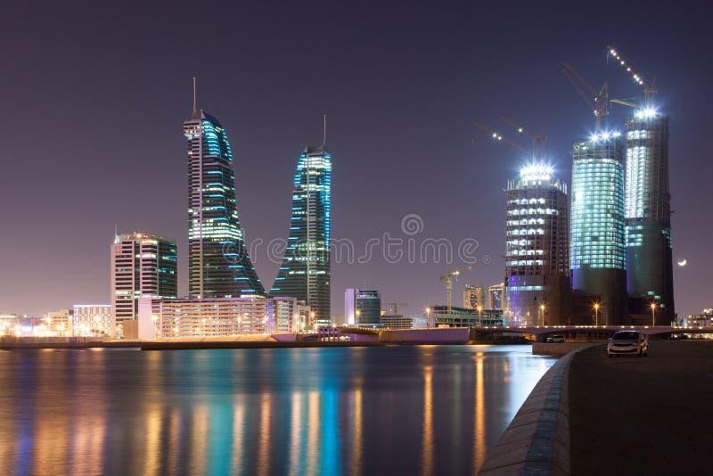 麦纳麦市在晚上,巴林 免版税图库摄影