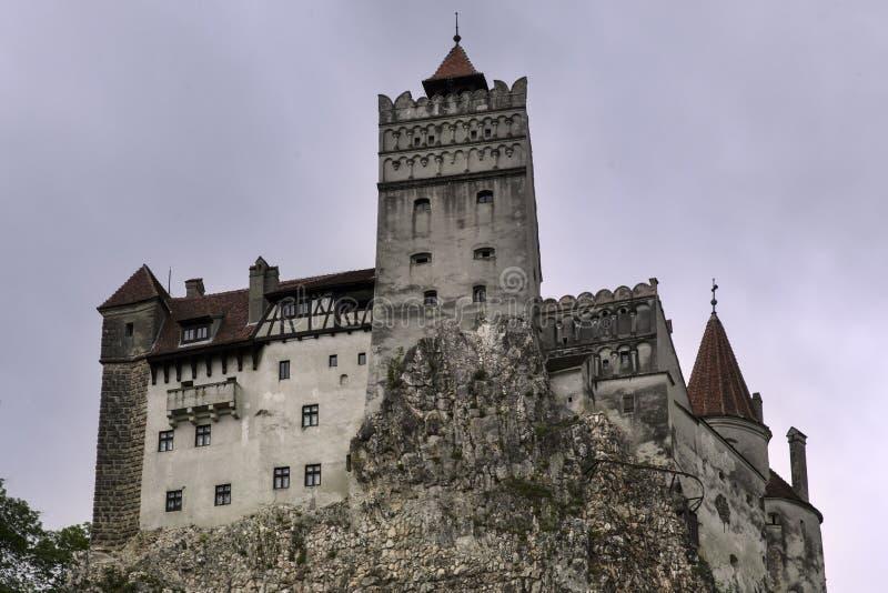 麸皮城堡在一下雨天 免版税库存图片