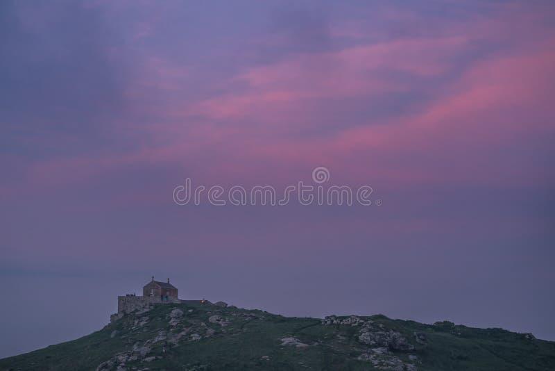 黄昏的圣尼古拉教堂 免版税库存图片