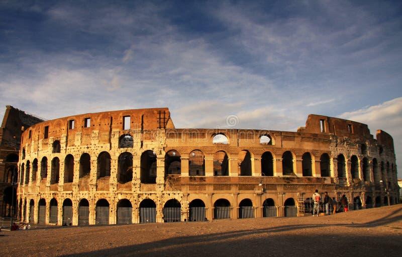 黄昏的罗马罗马斗兽场 免版税库存图片