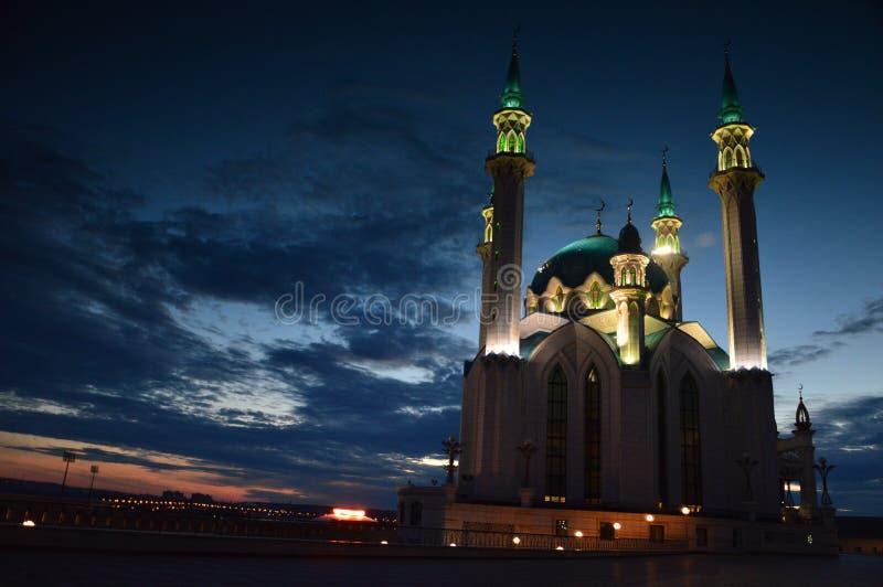 黄昏的,喀山克里姆林宫,喀山,鞑靼斯坦共和国,俄罗斯Kul谢里夫清真寺 免版税库存图片