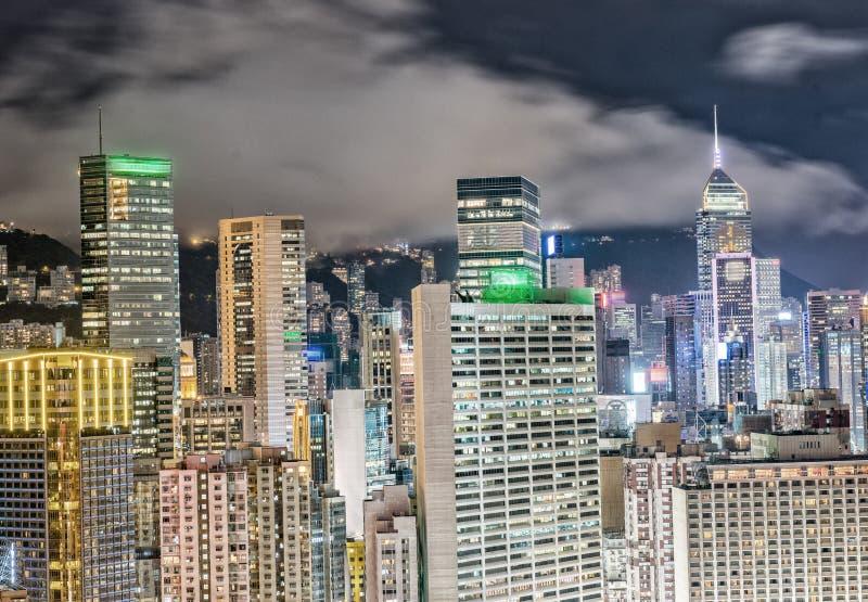 黄昏香港 背景城市设计您地平线的向量图片