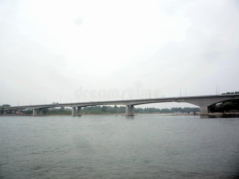 黄河在春天喝水 库存图片
